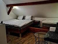 Ložnice v otevřeném patře - Dráchov