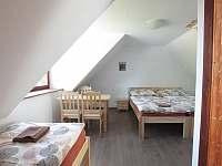 pokoj č. 3 - podkroví - chalupa k pronájmu Zvíkovské Podhradí