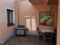 Domeček ve dvoře - apartmán k pronájmu - 15 Bechyně