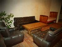 Apartmán 48, obývací pokoj se třemi lůžky - k pronájmu Chvalšiny