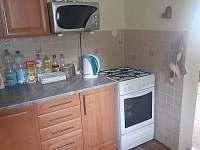 Chata na Karláku_kuchyň_II - pronájem