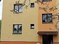 Apartmán z venkovního pohledu - k pronájmu Třeboň