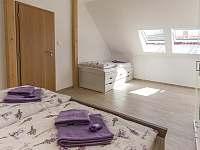 Čtyřlůžkový apartmán – AP1 (Ložnice 1) - k pronájmu Třeboň - Břilice