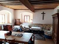 Obývací pokoj - chalupa ubytování Štěkře