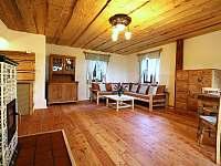 Obývací pokoj - chalupa k pronájmu Přídolí - Práčov