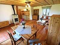Obývací pokoj - pronájem chalupy Přídolí - Práčov