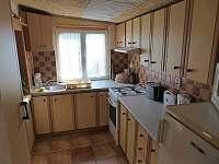 Kuchyně1 - chata k pronájmu Veleslavice