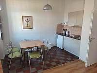 Dvoulůžkový apartmán - rekreační dům k pronájmu Nová Bystřice