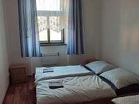 Třílůžkový apartmán - Nová Bystřice