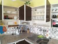 kuchyň + vybavení - Hoštice u Volyně