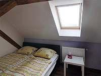 Podkroví - apartmán k pronajmutí Třeboň