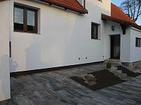 Vchod ze dvora přes verandu - Český Krumlov - Domoradice