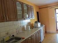 Ubytování Kubínovi_Nová Hlína 32_Malý nový apart_vybavení a výstup - chalupa k pronajmutí