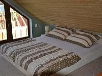 1/2 Open space - s manželskou postelí - chata ubytování Lipno nad Vltavou - Kobylnice