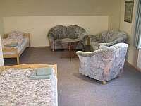 Druhá ložnice v podkroví - chalupa k pronájmu Kukle