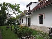 Dům Jelen - pronájem chalupy Hajany