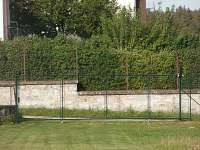 brána na zahradu