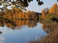 rybník Naděje na podzim - pronájem apartmánu Klec