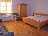 Víra - malá ložnice - apartmán k pronajmutí Klec