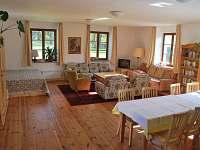 Víra - společenská místnost s dvojlůžkem - apartmán ubytování Klec