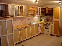 Kuchyně - apartmán k pronájmu Lišov