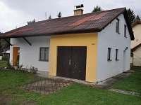 Chata Planá nad Lužnicí - z příjezdové cesty - ubytování Planá nad Lužnicí