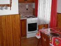 chata - plně vybavená kuchyňe