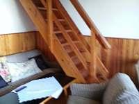 vstup do patra/ložnice