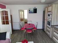 Kuchyně 2. Apartmán pohled od okna - Stříbřec