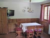 Společenská místnost - chalupa ubytování Rožmberk nad Vltavou