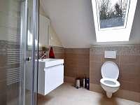 Koupelna v patře - rekreační dům k pronajmutí Turovec