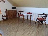 posezení dvoulůžkový pokoj - Borkovice