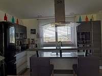 Kuchyň - rekreační dům k pronájmu Kajov