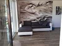 Obývací pokoj - rekreační dům k pronájmu Kajov