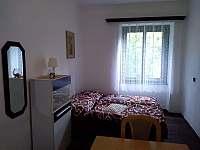 Malá ložnice za velkou ložnicí {nově} - Křída