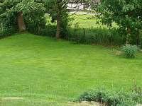 zahrada - rekreační dům k pronájmu Studená