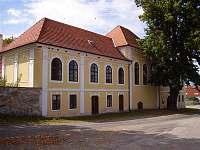 Varvažovský zámek - pronájem chaty Zbonín