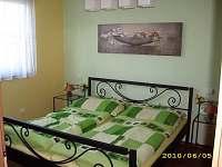 ložnice - pronájem chalupy Myslkovice