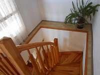 schodiště do 1.patra