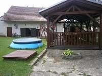Venkovní bazén - chalupa ubytování Starý Bozděchov