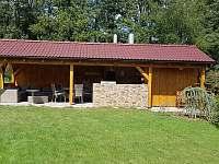 Chalupa s vnitřním bazénem, vířivkou a saunou - chalupa ubytování Klenovice - 9