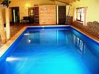 Chalupa s vnitřním bazénem, vířivkou a saunou - chalupa ubytování Klenovice - 5