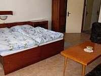ložnice - chalupa k pronájmu Dražičky