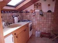 kuchyně - pronájem chaty Cetoraz u Pacova