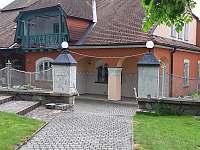 Apart.107 pohled na vilu ze zahrady - Jindřichův Hradec