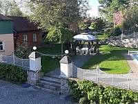 APART 107 vchod do zahrady - pronájem Jindřichův Hradec