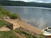 Písečná pláž - chata k pronajmutí Milná