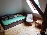 Ložnice 2 v podkroví - chalupa k pronájmu Staré Hobzí