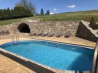 Lehátka u bazénu - chalupa ubytování Blažejov - Oldřiš