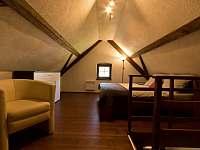 Ložnice v podkroví - chalupa k pronájmu Blažejov - Oldřiš
